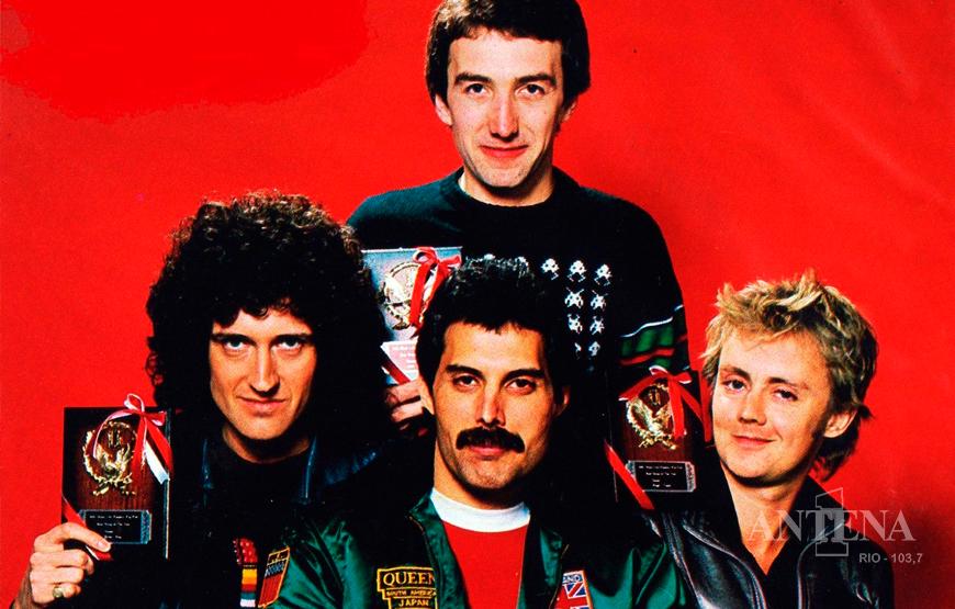 Homenagem em selos britânicos aos 50 anos da Banda Queen