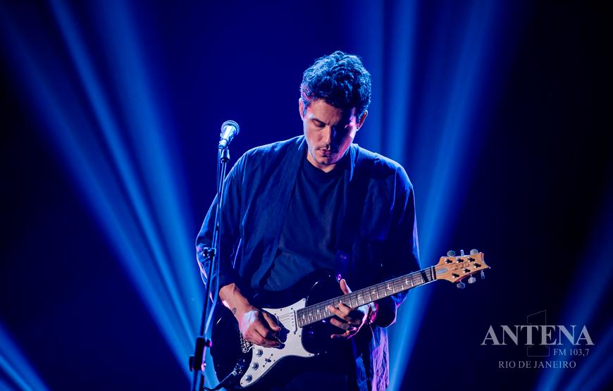 Com novo single, John Mayer tem a melhor estreia da carreira