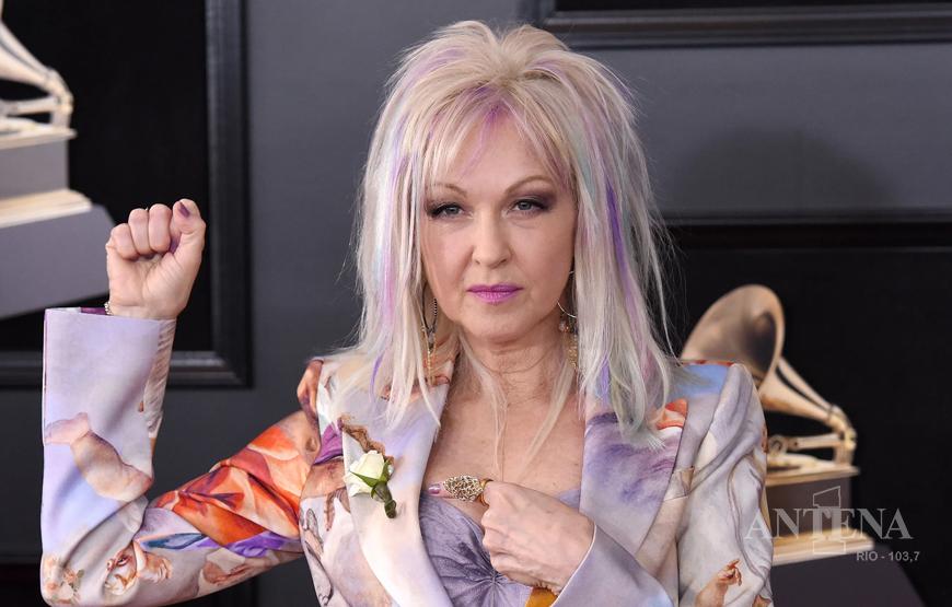 Cyndi Lauper anuncia o relançamento do álbum True Colors