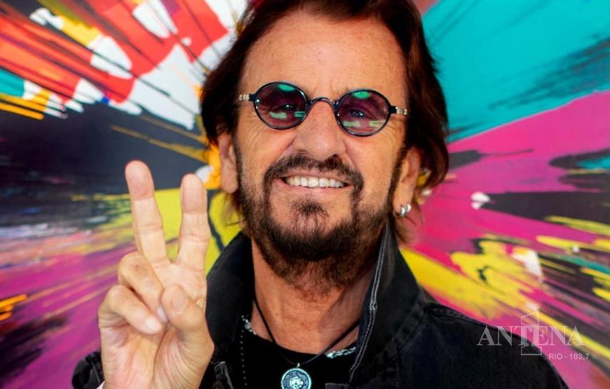 Ringo Starr se une a Pearl Jam e Red Hot Chili Peppers para nova versão incrível de 'Come Together'.