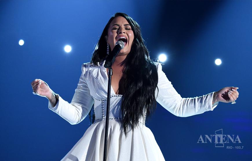 Demi Lovato lança nova música sobre autoestima após rompimento do noivado