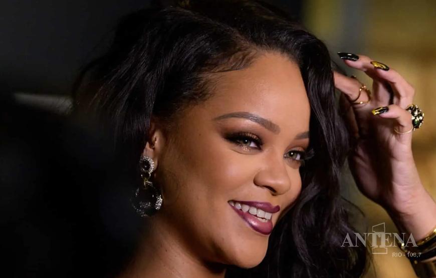 Rihanna fala sobre seu retorno ao mundo da música.