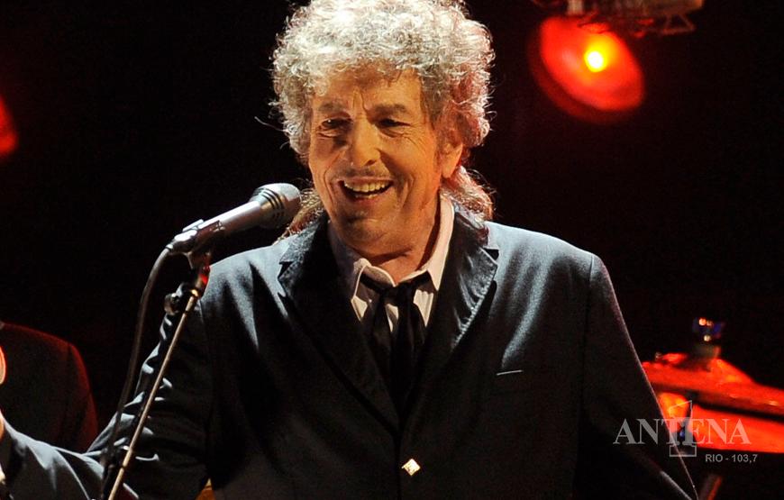 "Bob Dylan lança ""Rough and Rowdy Ways"""