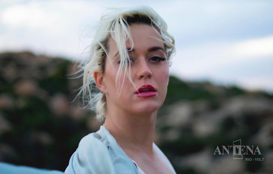 """Katy Perry lança """"Daisies"""", viraliza no Twitter e se destaca entre os lançamentos da semana"""
