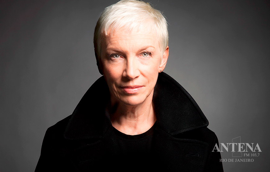 Annie Lennox lança Requiem For a Private War