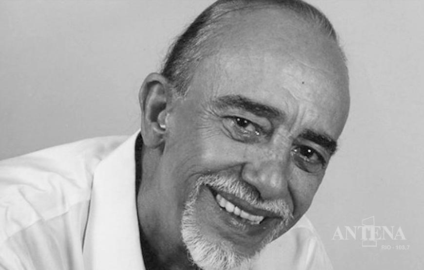 """Luiz Vieira, autor da música """"Paz do meu Amor"""", falece aos 91 anos."""