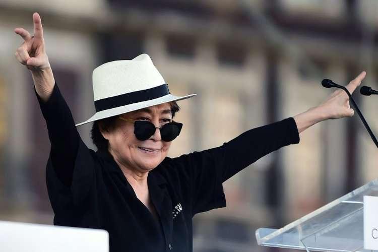 Yoko Ono lança nova versão de  Imagine