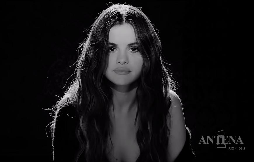 """Selena Gomez provoca fãs ao dizer que lançará novas músicas após """"Rare"""""""