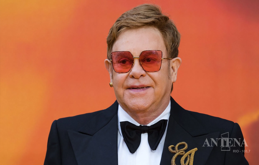 Elton John anuncia datas para a final da turnê Farewell Yellow Brick Road